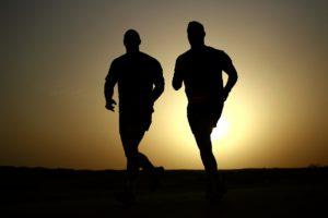 twee mannen hardlopen